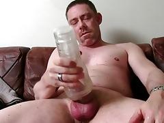 hot str dad tucker masturbating