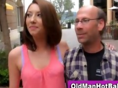 hawt chick gia love sucks old dude